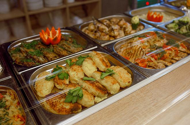 Организация корпоративного питания в бизнес-центрах, на заводах, в учебных заведениях Санкт-Петербурга